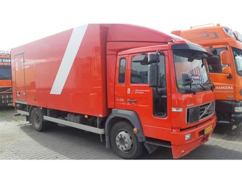 Φορτηγό κόφα Volvo FL6 220 Closed box Full steel